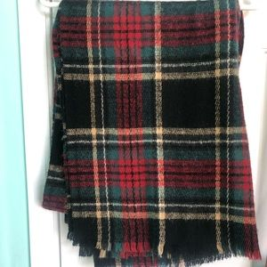 Medium sized blanket scarf
